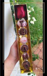 Caixa 6 bombons + Flores - Dourada