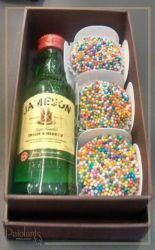 P/ 1 mini bebida + 3 bombons - 12,0 x 7,5 x 4,0 - Tampa e Fundo Cartonagem